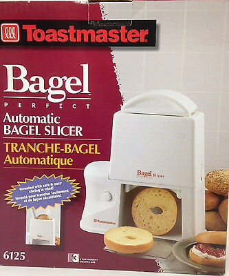Toastmaster Bagel Perfect Automatic Bagel Slice Model 6125 New In Box