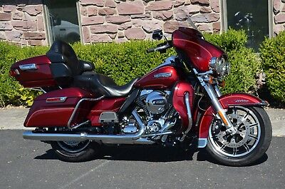 "2016 Harley-Davidson Touring  2016 2-Tone Red Harley Davidson Electra Glide Ultra Classic FLHTCU 6.5"" GPS ABS"