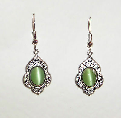 PERSIAN ART STYLE LIGHT GREEN GLASS DARK SILVER PLATED DROP EARRINGS hook