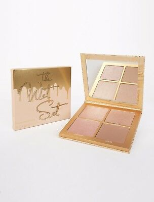 Kylie The Wet Set, Illuminating Bronzer & Highligher Powder - Melb Stock