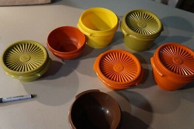 Large Lot of Vintage Tupperware Small Bowls W/ Lids Orange Green