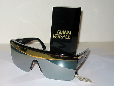 Gianni Versace Spectacular Vintage Sunglasses Update 676 Mirrored Lenses MINT