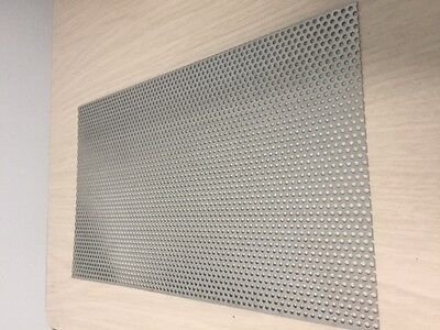 Perforated 304 stainless steel sheet 1.2mm Thick 3mm Hole 5mm Pitch