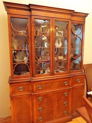 VINTAGE FLAME MAHOGANY BREAKFRONT CHINA CABINET Chicago Area