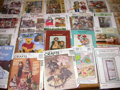Lot 24 Doll Clothes Craft Christmas Organizing Home Bags Sewing Patterns Uncut