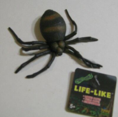 SPIDER FIGURE Realistic Squishy Flesh-Feel Spider LIFE-LIKE Arachnid BRAND NEW
