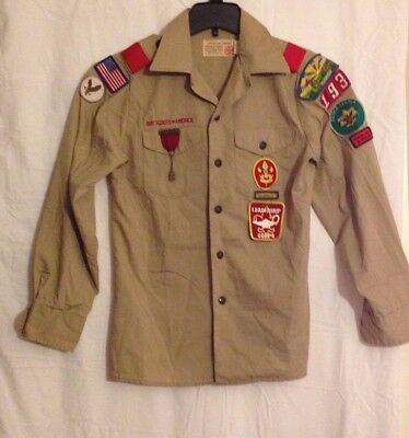 BSA  Boy Scouts of America Long Sleeve Tan Uniform Shirt, YOUTH small Red Loops