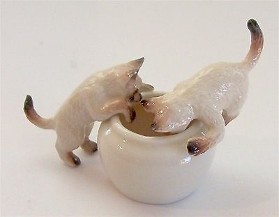 Miniature Porcelain/Ceramic Hand Painted Siamese Cats/ Kittens on Bowl (Set/3)