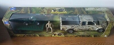 New-Ray WILD HUNTING PLAY SET with Truck Trailer ATV NEW IN BOX 1:20 scale