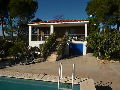 Valencia Spain - 7 Nights In Holiday Apartment + Private Pool In Country Villa