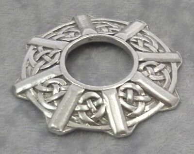 Celtic Ring Pewter Stand