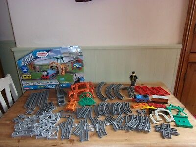 Thomas Tank Engine & Friends TrackMaster 5-in-1 Track Builder Set OVER 65 PIECES