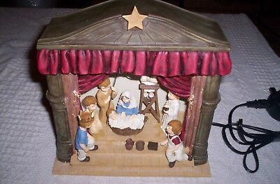 "christmas nativity light up Scene illuminated ornament ""past times"" new 99p nr"