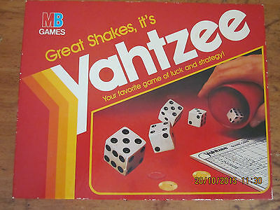 ~~Vintage Yahtzee Dice Game/board Game - Milton Bradley - Complete - Vgc~~