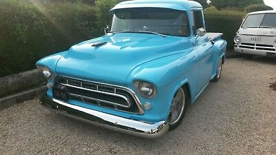 American Hotrod Muscle Chevrolet Chevy 1957 Pick Up Classic Wedding Prom on air