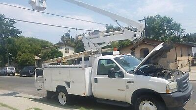 Ford F450 2004, BUCKET BOOM TRUCK,  Automatic, Clear title, Capacity 300'.