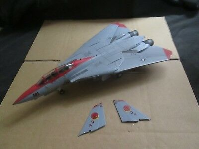 F-14 Tomcat (1:72 Scale) Unboxed Lot A64