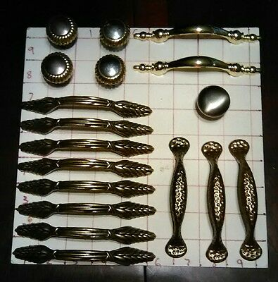 18 Piece Lot Assorted Vintage Pulls Brass Metal Hardware Cabinet Door Drawer Lot