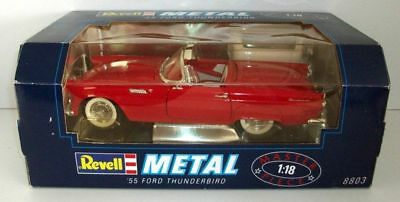 Revell 1/18 - 8803 1955 Ford Thunderbird red