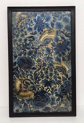 Fine Late Qing Dynasty Framed Chinese Silk Embroidery