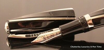 Visconti Black Divina Maxi Large Fountain Pen 23Kt Palladium Nib Sterling Inlay