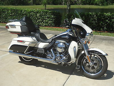 2014 Harley-Davidson Touring  2014 Harley Ultra Classic only 5K careful miles and flawless condition!