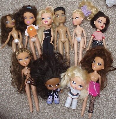 Mixed Lot Of Dolls Bratz Etc