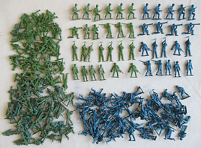 1960's Vintage lot of 200 MPC 2 inch Blue & Green WW2 soldiers, Excellent