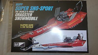 1:20 Rupp Super Sno-Sport The World's First Dragster Snowmobile Mpc701 Bnib