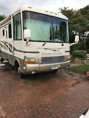 Low Milage Newmar Mountain Aire high class motorhome