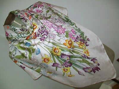 So Pretty ! Delicate & Beautiful Floral Design Vintage Silk Scarf