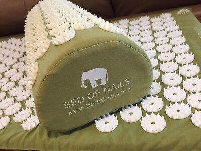 BED OF NAILS, Cult Beauty, Acupressure Mat And Pillow RRP £85