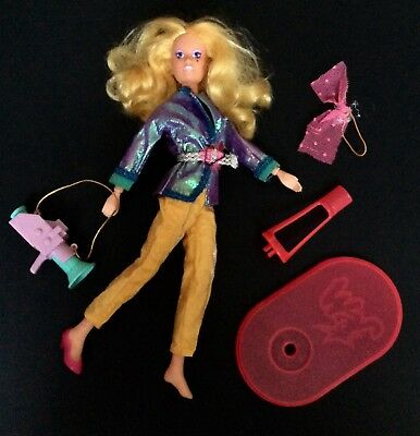 ⭐️ Jem & The Holograms ⭐️ Video Jem Doll Near Complete with Accessories!