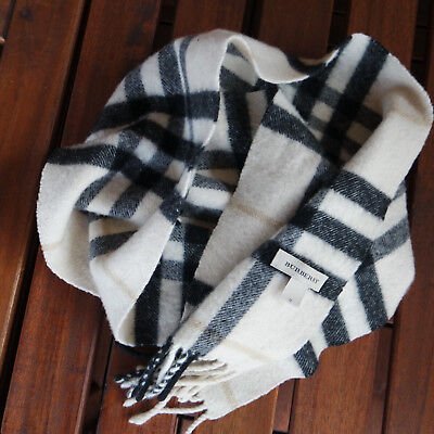 Genuine Burberry boys or girls checked soft wool scarf. (RRP £150)