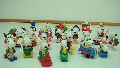 Peanuts Snoopy Whitman Sampler Christmas Figurines set of 19
