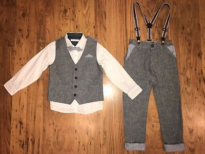Next smart outfit 4-5 years only worn once