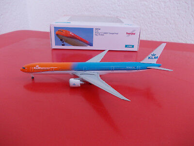 "Herpa Wings 529754 KLM Boeing 777-300 ER ""Orange Pride"" Livery 1/500"