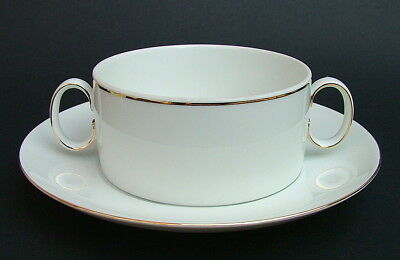 Thomas Medallion 746 Pattern Thin Gold Line Soup Dessert Bowls & Saucers in VGC