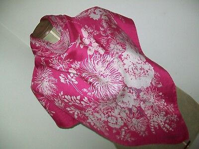 Jacqmar. Pretty 1950's Bubble Gum Pink Botanical Design Vintage Silk Scarf
