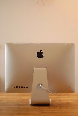 "**8GB RAM** Apple iMac A1311 21.5"" Desktop - MB950B/A (October, 2009)"