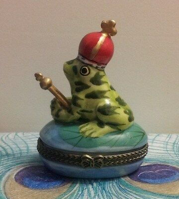 FROG PRINCE WITH CROWN & SCEPTER ON LILYPAD TRINKET BOX with Surprise Inside!!!