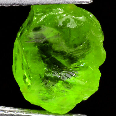IF HIGH QUALITY 4.80ct 100%NATURAL UNHEATED GREEN PERIDOT ROUGH FACET NR!