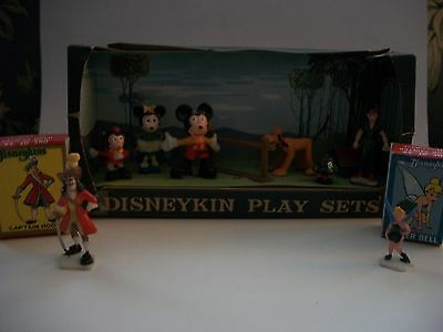 Disneykins  playset  by Marx +  2