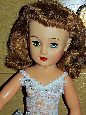 """ReDuCeD STUNNING BEAUTIFUL IDEAL VT20 MISS REVLON 20"""" DOLL & LACE TEDDY"""