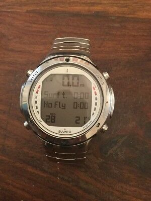 Suunto D6 Dive Computer, stainless steel strap EXCELLENT CONDITION