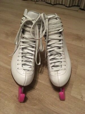 White GRAF Ice skating Boots. Size 5 38. Excellent Condition.