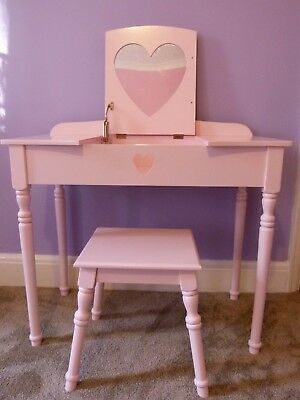 Sweetheart Dressing Table and Stool set - pink/ Great Little Trading Company