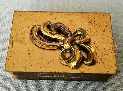 VINTAGE GOLD PLATED MATCH BOX HOLDER c/w BOW MOTIF. MADE IN ITALY * STARDUST