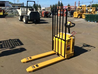 2004 Yale Forklift Electric 5000#  Capacity Walk Behind Jack , 2012 Battery ,