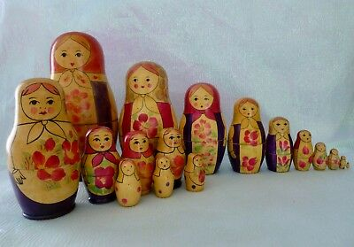 Vintage Russian Nesting Dolls Lot of 17 Matryoshka Hand Painted USSR Wood